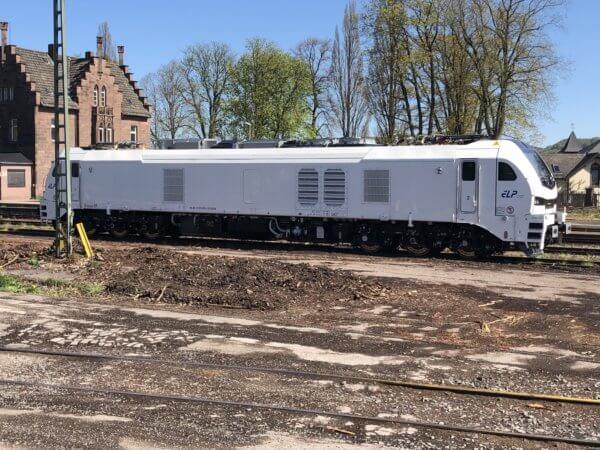 Eurodual 2159 206 am Bahnhof in Stadtoldendorf